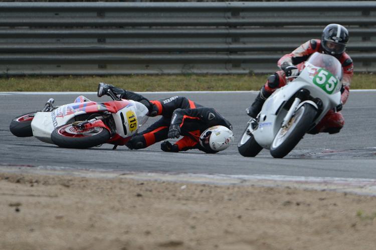moto-crash 03jpg