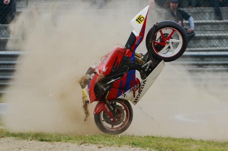 moto-crash 01jpg